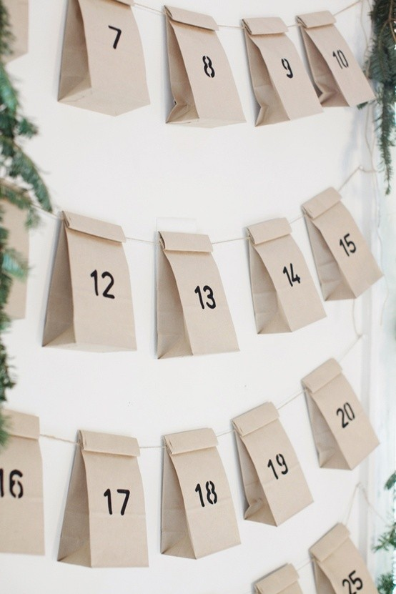 simple brown paper bags for a minimalist look. Seen here.