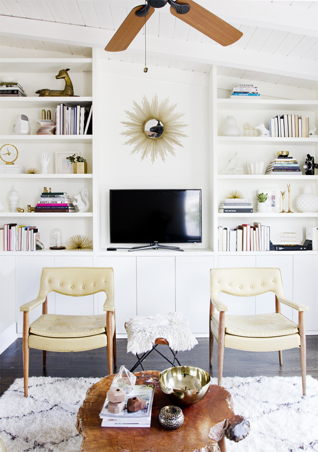 Via Smitten (Hither & Thither: Built-In Ikea Hacks)