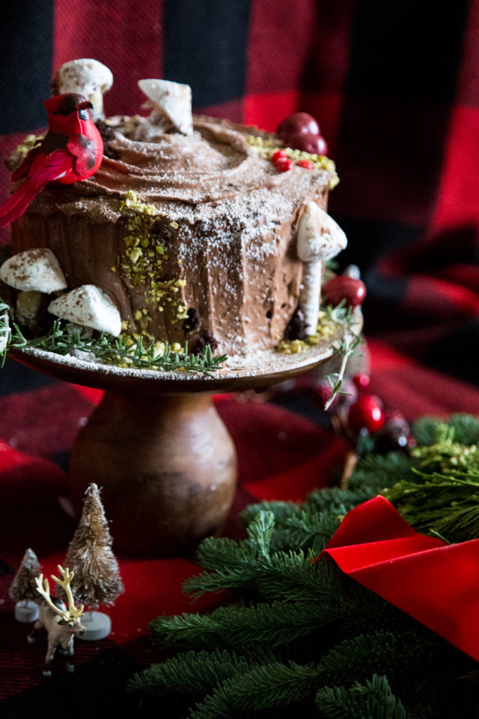 Holiday-Yule-Cake-HitherAndThither-13